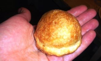 Мини-пирожочки из слоеного теста