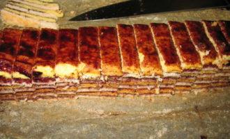 """Торт """"полосатая шарлотта"""""""