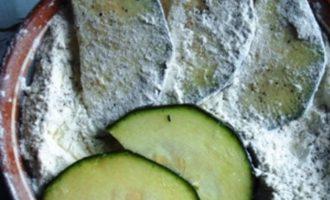 И снова кабачки(с горчичным маринадом)