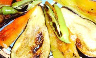Болгарский овощной салат (зеленчукова салата)