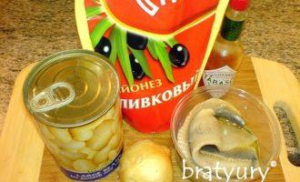 Салат из селёдки с фасолью по рецепту илоночка