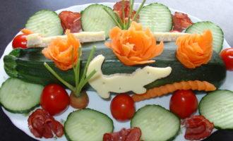 Schnappi - оформление ужинa для детей.