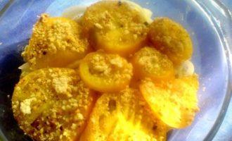 Хек молочный с овощами в масляно -сметанной заливке