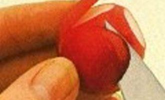 Украшение блюд: цветы из редиса