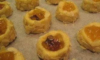 Печенье рассыпчатое с джемом