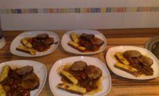Тушёная говядина с томатами