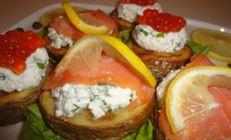 Закуска с лососем или икрой