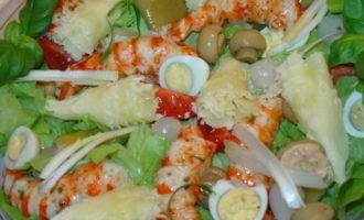 Новогодний салат-aнтипасти с сыром tête de moine.