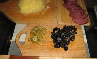 Оливково-грибная пицца (вариант)