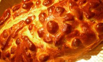Кулебяка-пицца с многослойной начинкой