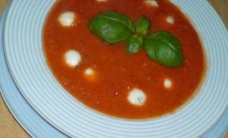 """Быстрый томатный супчик с сыром """"моцарелла"""""""