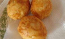 Закуска из жареных яиц,предварительно отваренных.