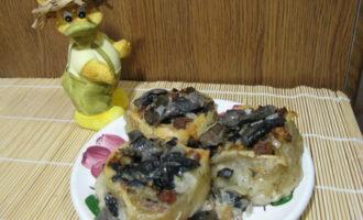 Постное заварное тесто на вареники и пельмени + мясные розочки с грибным соусом