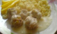 Куриные тефтельки сырном соусе