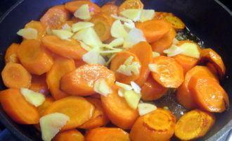 Морковь тушеная с имбирем