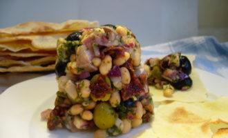 Селедочный салат из сардинии