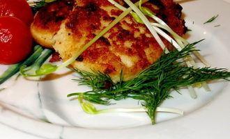 Рыбные котлетки с фасолью