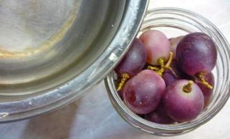Моченый виноград
