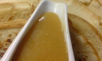 Пивные блинчики с солёной карамелью