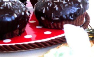 Очень шоколадные маффины. с благодарностью мариночке и катюше.