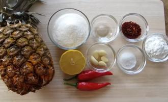 Остро-сладкий соус из ананаса и чили