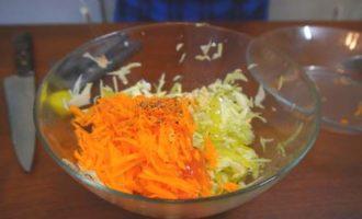 Лимонный салатик из свежей белокочанной капусты